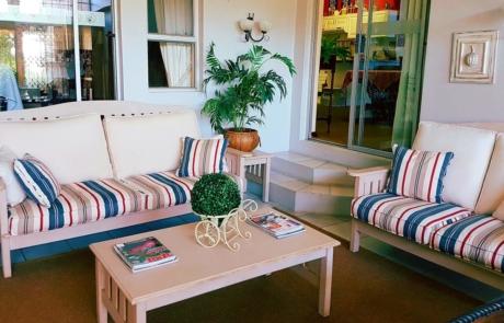 Hillton Manor - Accommodation Lounge